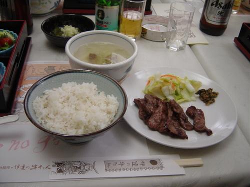 伊達の牛タン(仙台市)